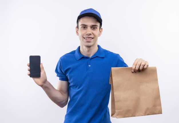 Cum se utilizeaza plicurile si pungile de curierat pentru trimiterea coletelor in siguranta?